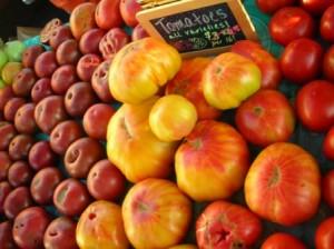 Heirloom Tomatoes 7-21-12a